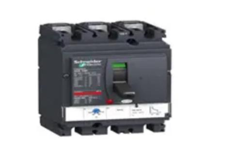 MCCB (Moulded Case Circuit Breaker)
