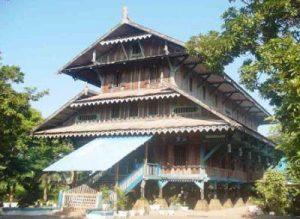 Rumah Adat Suku Buton