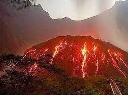 Gunung Kelud, Indonesia